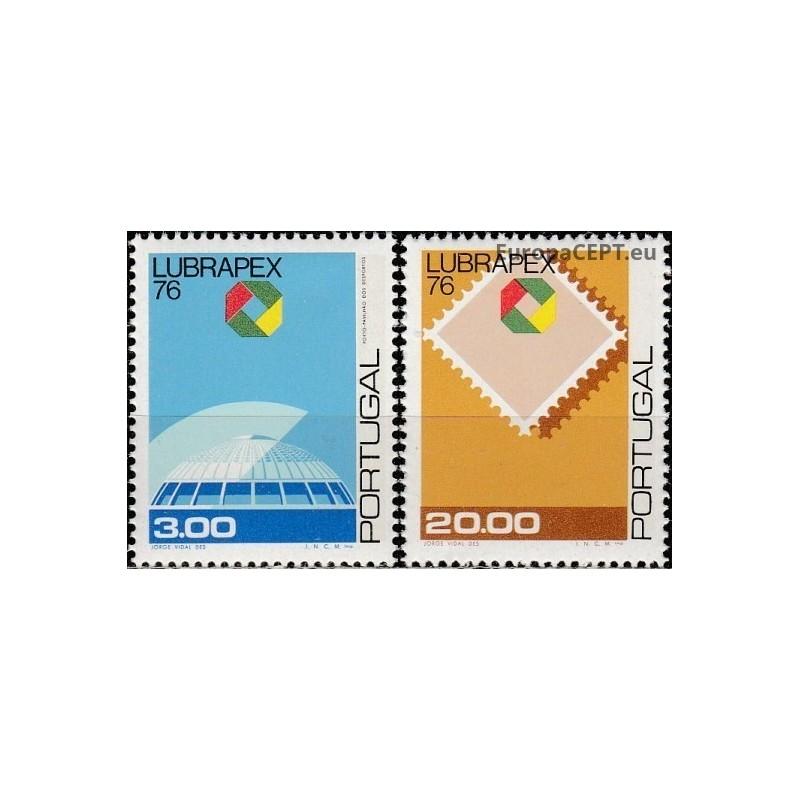 Umm al-Kuvainas 1972, Pingvinai