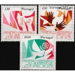 Portugalija 1975. Gvazdikų...