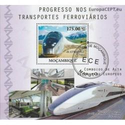 Mozambique 2010. Trains
