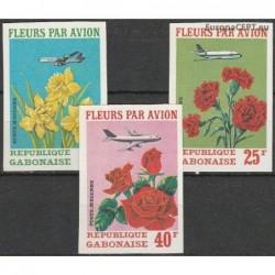 Gabon 1971. Fleurs par Avion