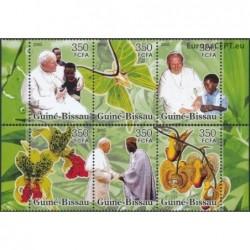 Guinea-Bissau 2005. John...