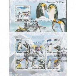 Guinea-Bissau 2009. Penguins